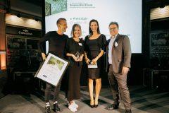 12-Award-2014-7110